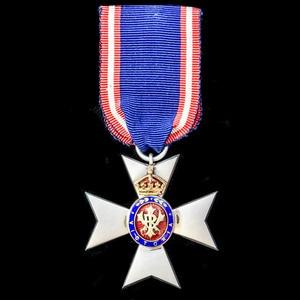 London Medal Company - A Royal Victorian Order, Member 5th ...