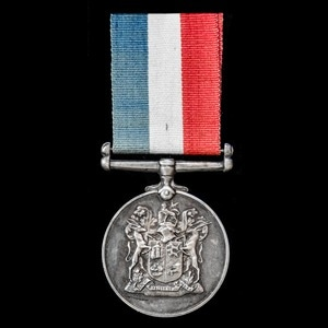London Medal Company - South Africa Medal for War Services 1...