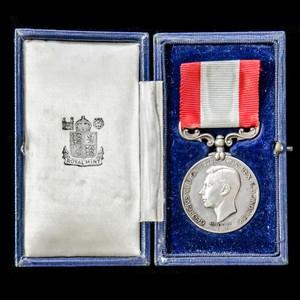 London Medal Company - A cased Rocket Apparatus Volunteer L...