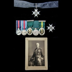 London Medal Company - The exceptional Knight of Grace of t...