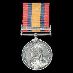 London Medal Company - A scarce unit Queen's South Africa Me...