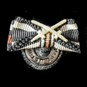 London Medal Company - Germany – Weimar Republic: Lapel butt...