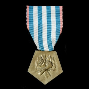 London Medal Company - France: Medal for Deportees and Inter...